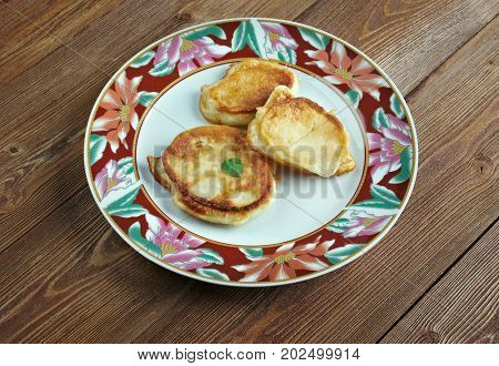 Crumpets With Cheese