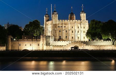 The White Tower-Main castle within thoe Tower of London, London, United Kingdom. It was built by William the Conqueror during the early 1080s, and subsequently extended.