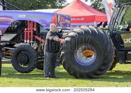 Monster Truck Wheel Change