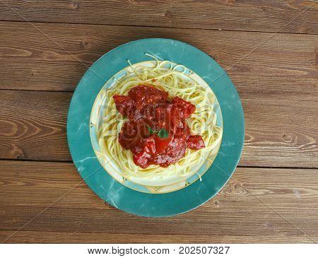 Pasta Al Pomodoro