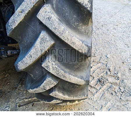 tractor rear tire, large tractor rear tire,