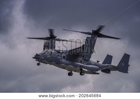 V22 Osprey aircraft demonstration during the Royal International Air Tattoo on July 16, 2016: at RAF Fairford, Gloucestershire, UK.