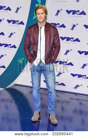 LOS ANGELES - AUG 27:  James Trevena-Brown arrives for the MTV Video Music Awards 2017 on August 27, 2017 in Inglewood, CA