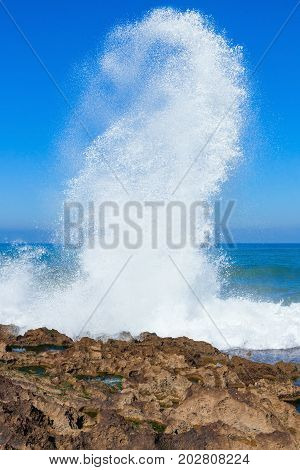 Very Big Wave