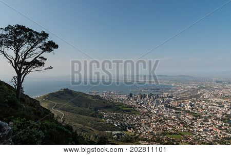 Great shot of Cape Town (South Africa)