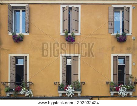 Padova Windows