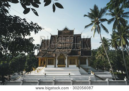 Wat Xieng Thong Golden City Temple In Luang Prabang, Laos. Xieng Thong Temple Is One Of The Most Imp
