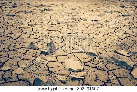Mohave Desert Dry Cracked Desert Earth Wasteland Dramatic Shot