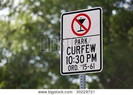 Park Curfew No Alcoholic Beverages Sign