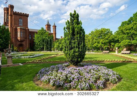 Washington, Dc - May 9, 2019:  Enid Haupt Garden And The Smithsonian Castle On The National Mall On