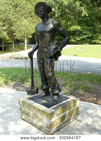 Burns, Tennessee-august 13, 2018: This Statue Nicknamed Iron Mike In Montgomery Bell State Park Hono