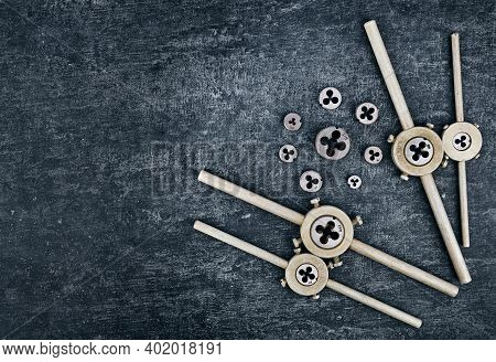 Old Locksmith Tools, Dies Holder And Various Dies For Tapping External Threads On Metal Workpieces W