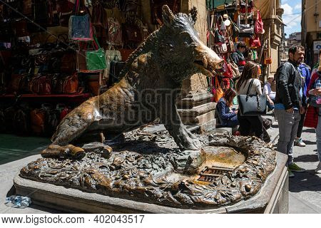 Fontana Del Porcellino / Florence / Italy - July 05, 2019: People Visiting The Bronze Statue Of The