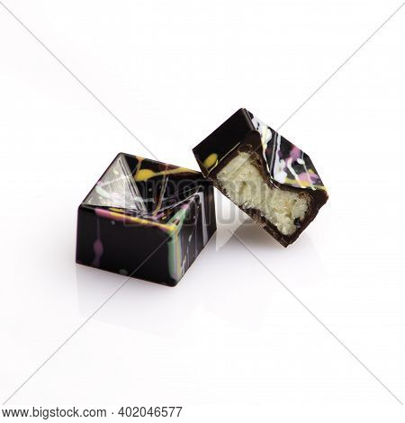 Geometric Shaped Luxury Chocolate Handmade Candy Bonbons Stuffed With Coconut Ganache Decorated With