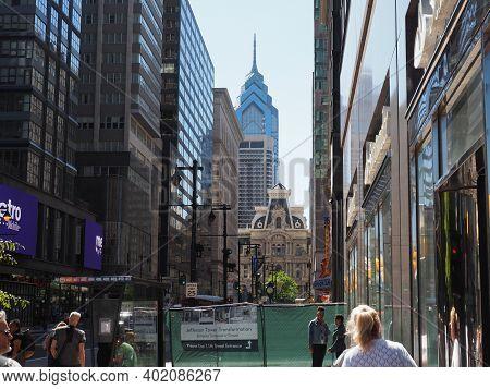 Philadelphia, Usa - June 11, 2019: Image Of The Philadelphia City Hall And One Liberty Place As Seen