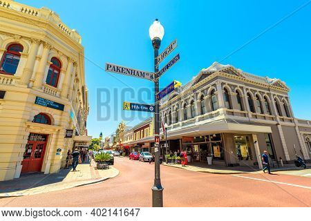 Fremantle, Western Australia - Jan 2, 2018: Street Lamp And Sign In High Street The Main Street Of F
