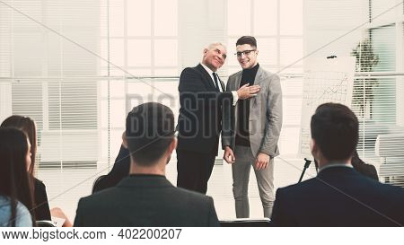 Manager Is Introducing A New Employee Of The Company
