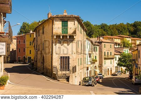 Semproniano, Tuscany - September 5th 2020. A Street In The Historic Medieval Village Of Semproniano