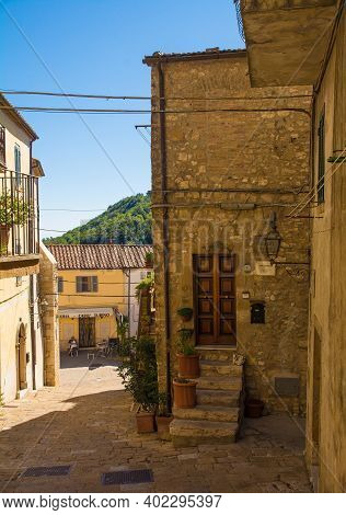 Semproniano, Tuscany - September 5th 2020. A Residential Street In The Historic Medieval Village Of