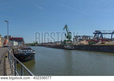 Frankfurt Am Main, Germany-june 02, 2020: Industrial Plants In The Osthafen Of Frankfurt, Germany