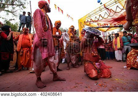 Mathura, Uttar Pradesh/ India- January 6 2020: Wide Angled Shot Of People Playing Lathmaar Holi In M
