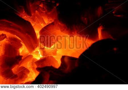 Anthracito Wood Pulp Burns With A Bright Orange Flame As A Graphic Resource.