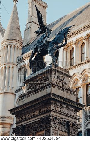 London, Uk - November 19, 2020: Low Angle View Of The Dragon On Top Of Temple Bar In Fleet Street Ma