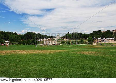 Washington, United States - 03 Jul 2017: The Park In Washington, United States