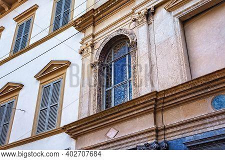 Bergamo, Italy - May 22, 2019: Arch Window In The House Of Arciprete (casa Fogaccia O Dell'arciprete