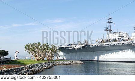 San Diego, California Usa - 15 Jan 2020: Uss Midway Military Aircraft Carrier, Historic War Ship. Na