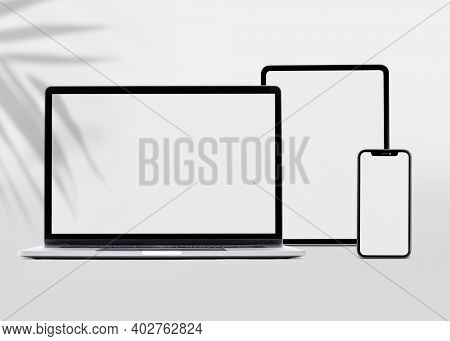 Digital devices blank screen technology and electronics