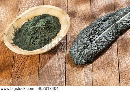 Organic Tuscan Kale Powder - Brassica Oleracea Var