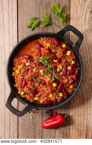 chili con carne- bean, minced beef, tomato sauce and spices