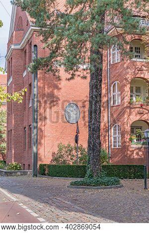 Berlin, Germany - October 3, 2020: Clinker Brick Building Of The Residential Estate Paul-francke-sie