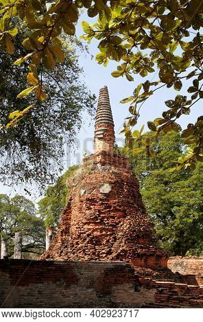 Unesco World Heritage. Ancient Archaeological Site At Ayutthaya Historical Park, Archaeological Site