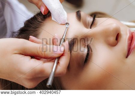 A Procedure For Mechanical Or Manual Face Cleansing By A Beautician. Professional Skin Peeling. Hygi