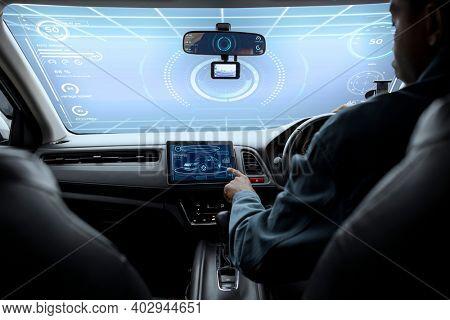 The interactive windshield of an autonomous car