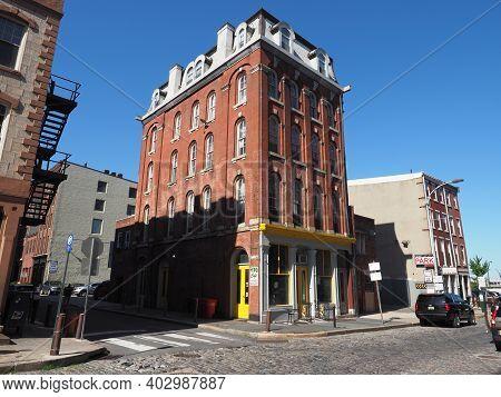Elegant Building In The Old City District Of Philadelphia.