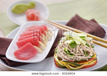 Tuna noodle salad