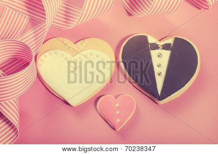 Wedding Bride and Groom Cookies With Retro Filter
