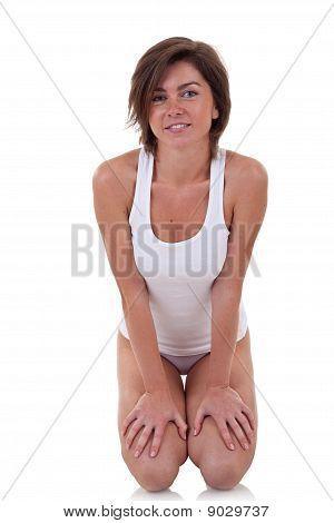 Frau Stand auf den Knien