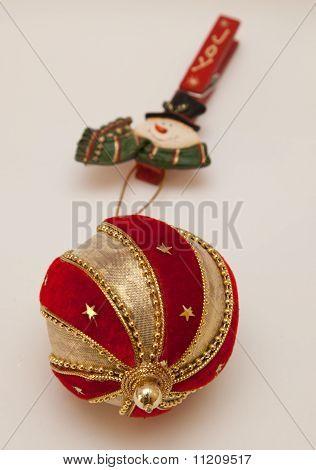 Christmas ball with joy clothespin