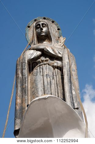 Monument Towering Over The City - The Virgin Of Loja (ecuador)