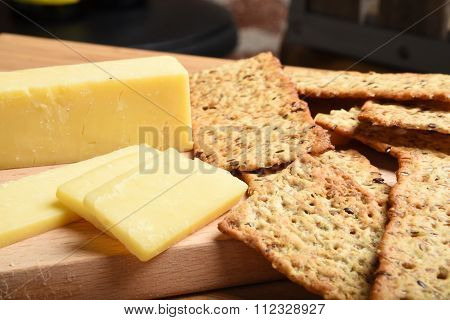 White Cheddar Cheese And Crackers