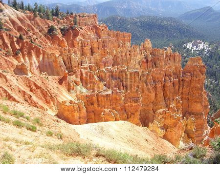 Multiple Crags in Bryce Canyon