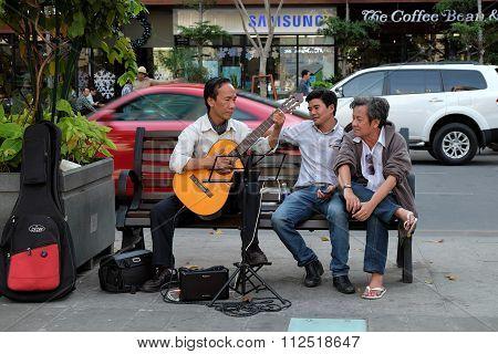 Ho Chi Minh City, Vietnam, Guitar, Street