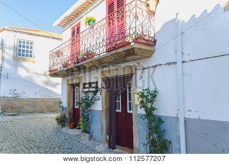 House Facade Almeida