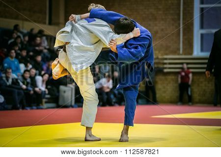 final fight young athletes judoists