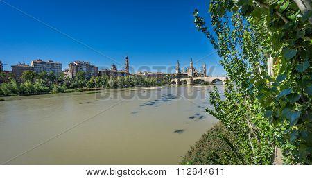 El Pilar basilica and the Ebro River, wide angle