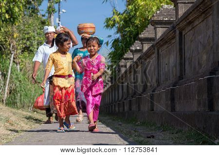Village Of Besakih, Bali/indonesia - Circa October 2015: Happy Family Are Coming Back From Festival